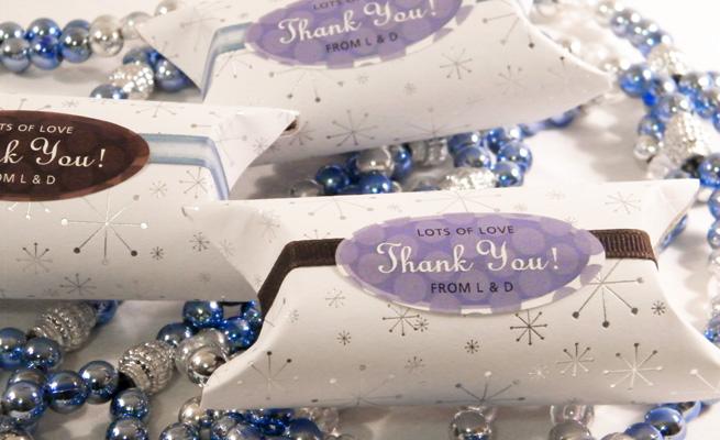 Cajas almohada para obsequios de boda o regalos de naveidad por Lacy